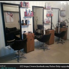Salon Daly
